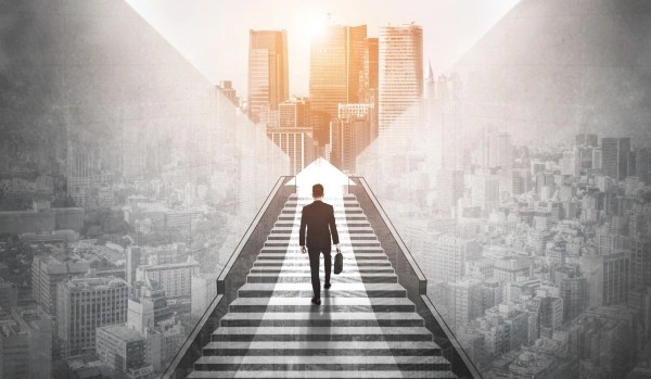 How to Accelerate Career Growth & Rise To the Top of Your Career