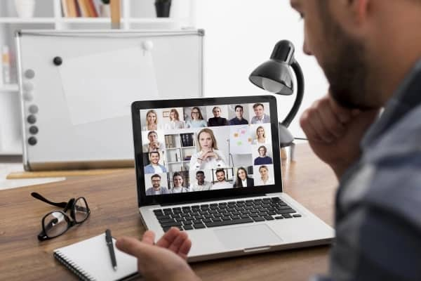 10 Tips for Managing Remote Employees: A Guide for Managers